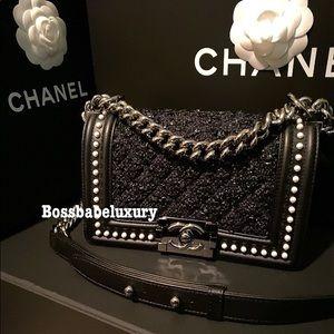 💯Auth NWT Chanel flap Le boy 18B tweed pearl blk